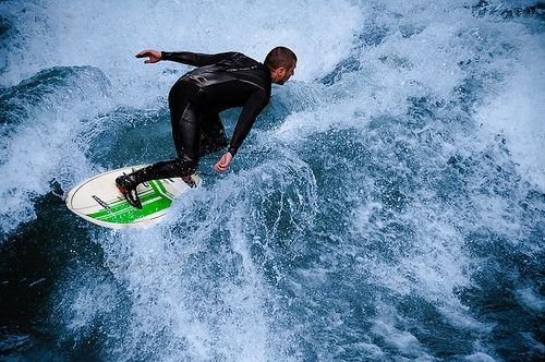 Surfen. Foto: Guillaume Megevand by Flickr